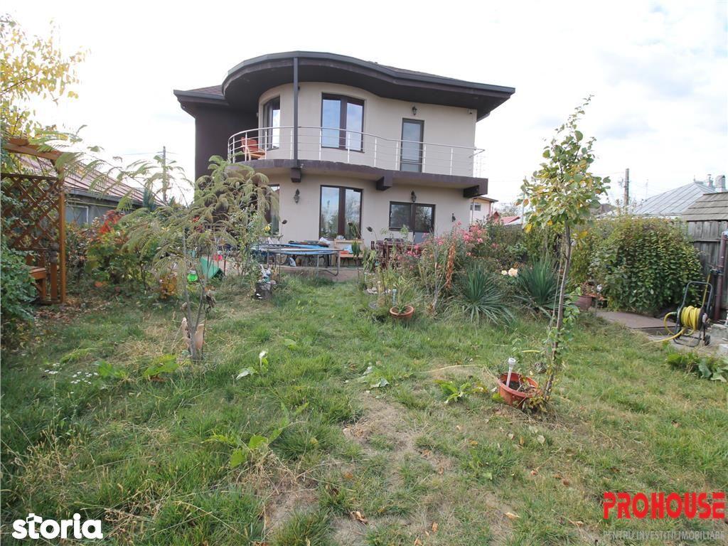 Casa de vanzare, Bacău (judet), Strada Arcadie Șeptilici - Foto 2