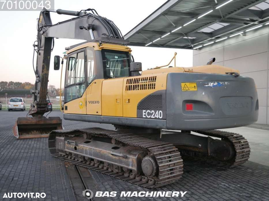 Volvo EC 240C NL Nice and clean condition - 2