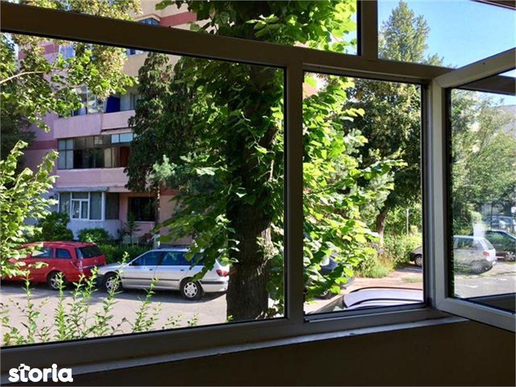 Apartament de vanzare, Argeș (judet), Strada Negru Vodă - Foto 8