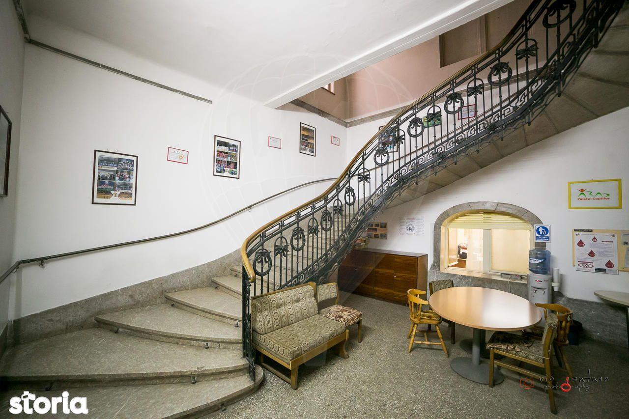 Birou de vanzare, Arad - Foto 2