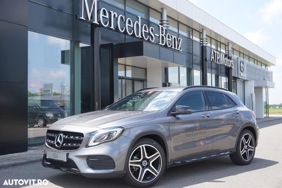Mercedes-Benz GLA - 8