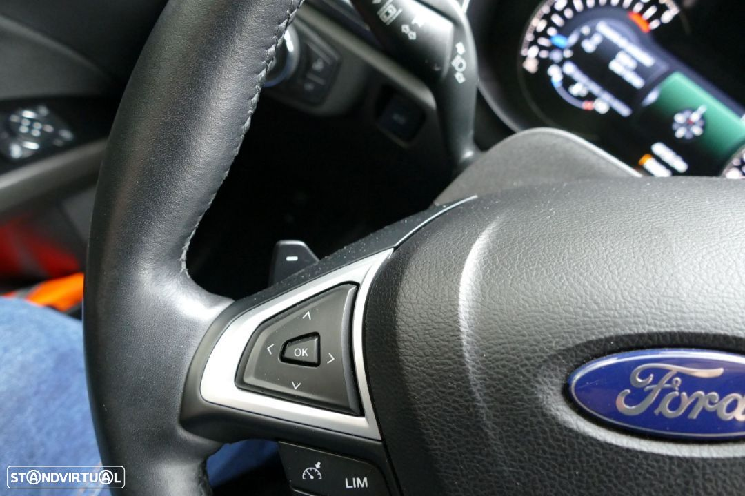Ford Mondeo SW - 11