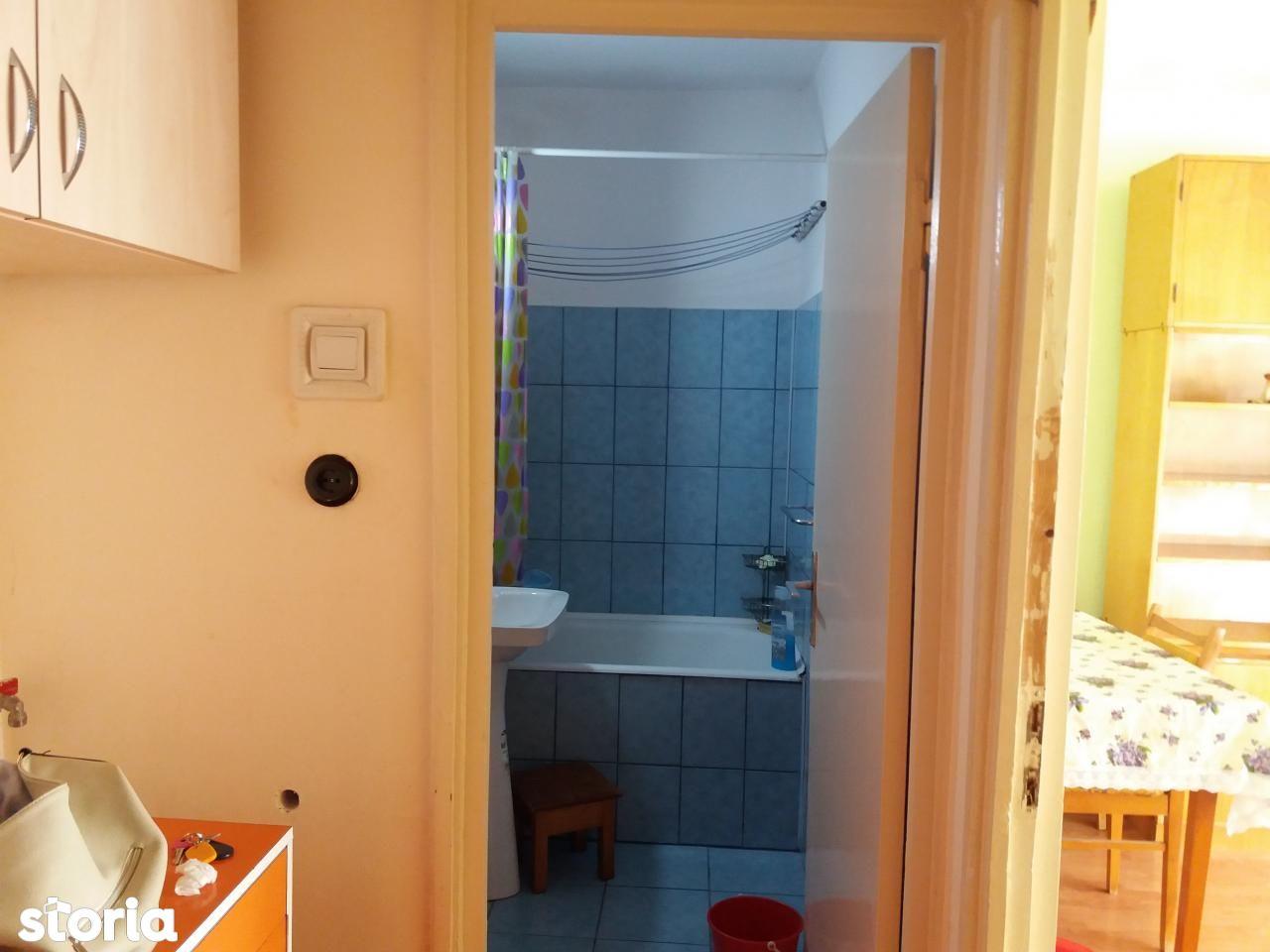 Apartament de vanzare, Bihor (judet), Rogerius - Foto 9