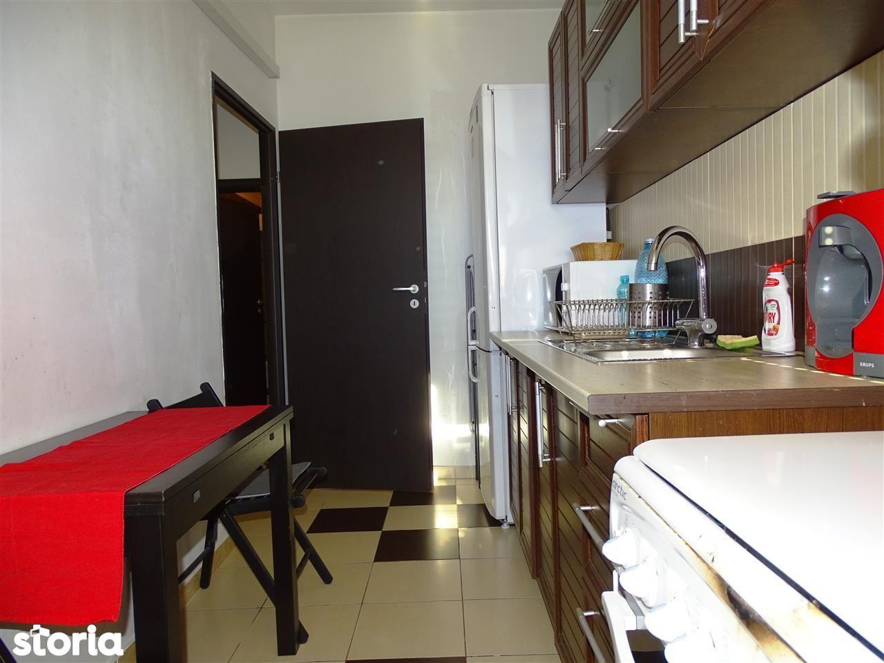 Apartament de vanzare, București (judet), Strada Berveni - Foto 6