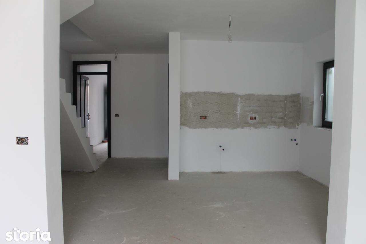 Casa de vanzare, Bihor (judet), Strada Privighetorii - Foto 5