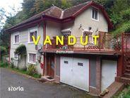 Casa de vanzare, Caraș-Severin (judet), Strada 1 Decembrie 1918 - Foto 1