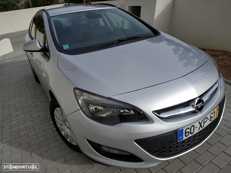 Opel Astra Sports Tourer 1.6 110 CV - 1