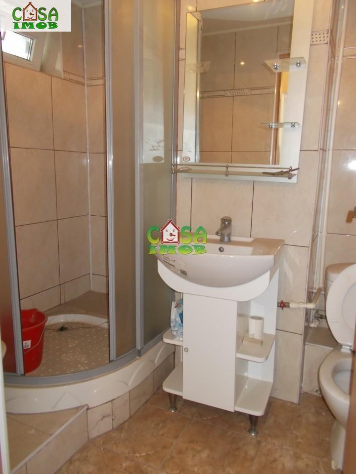 Apartament de vanzare, Dâmbovița (judet), Micro 6 - Foto 5