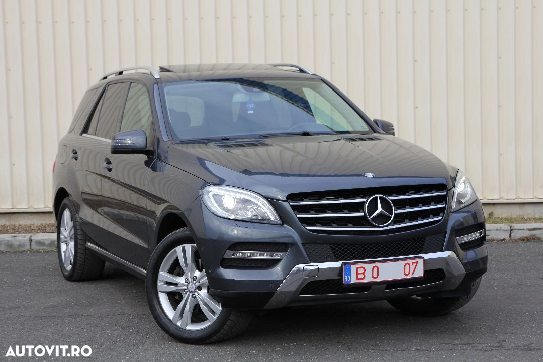 Mercedes-Benz M ML - 1