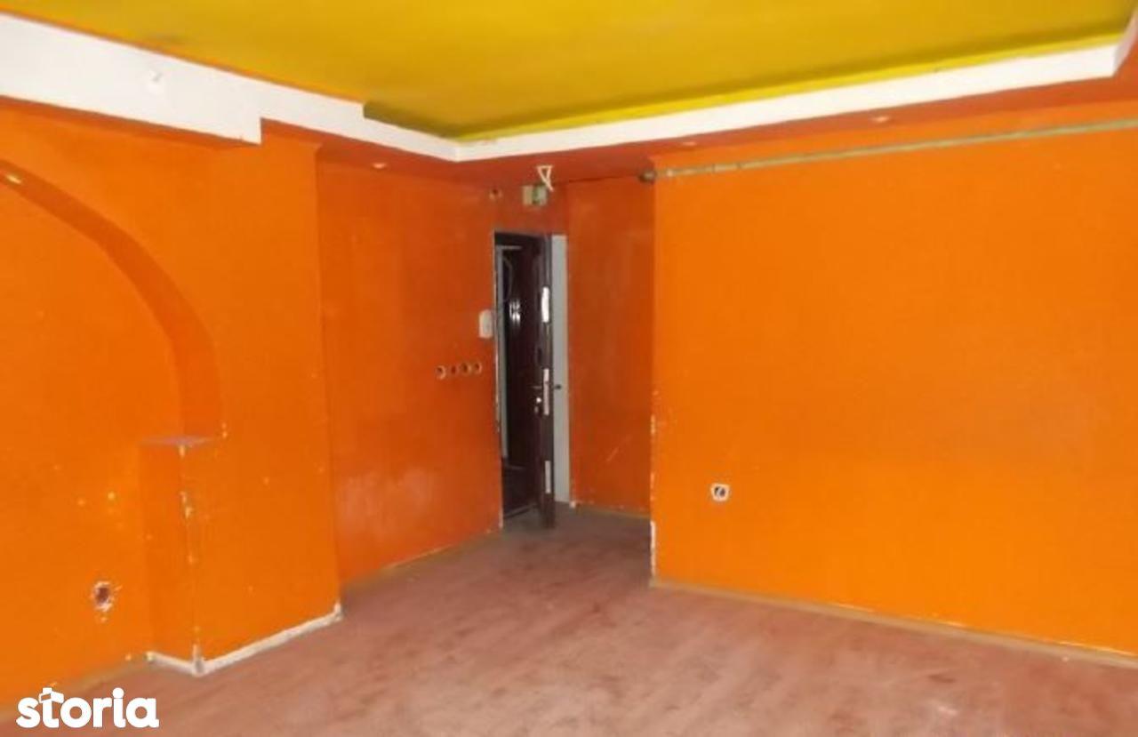 Apartament de vanzare, Hunedoara (judet), Strada Carpați - Foto 3