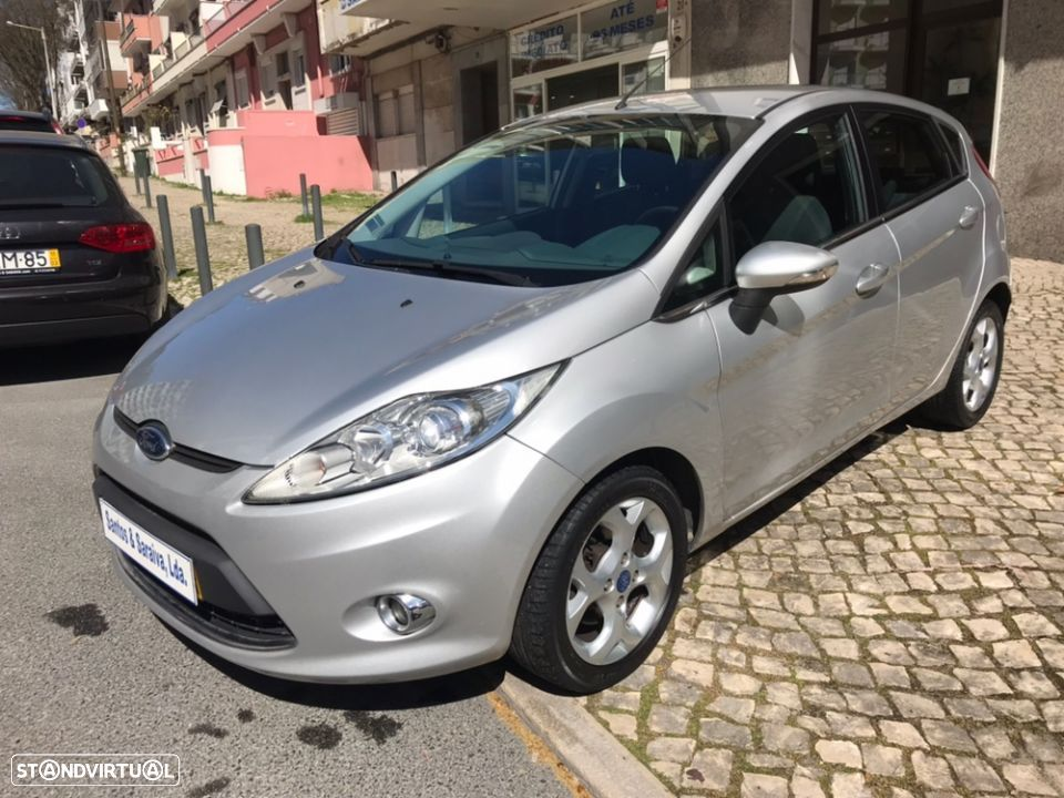 Ford Fiesta 1.4 TDCi - Financiamento - Garantia - 2