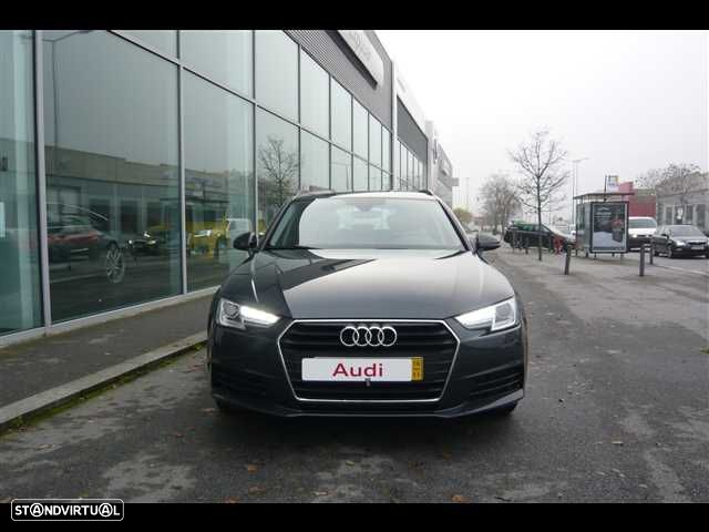 Audi A4 Avant 2.0 TDi Business Line - 2