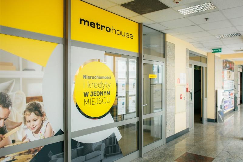 Sadyba Metrohouse