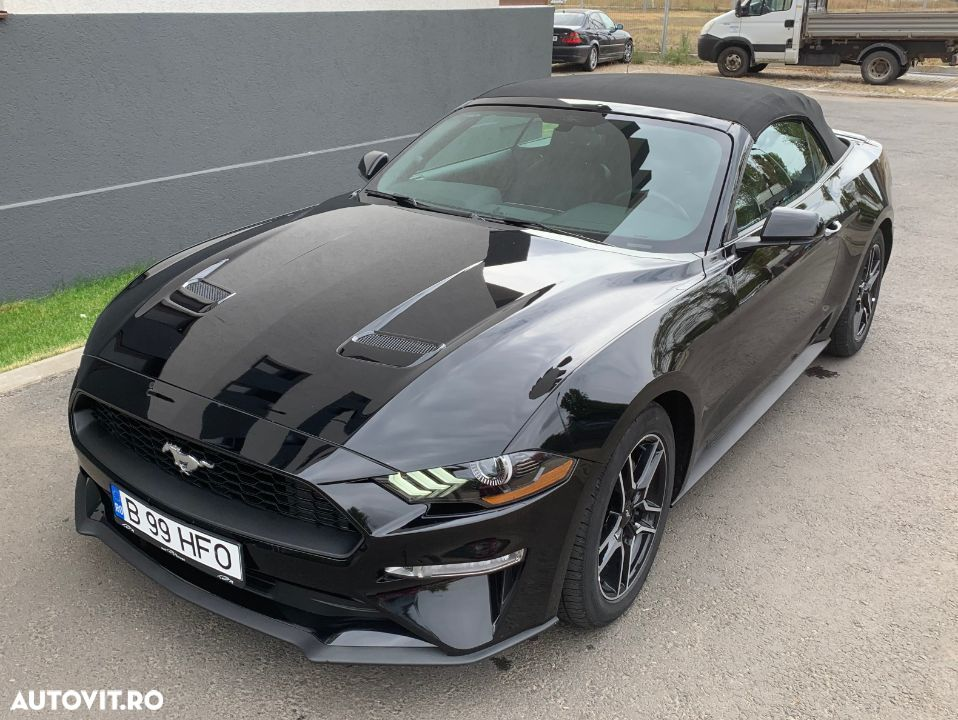Ford Mustang - 11