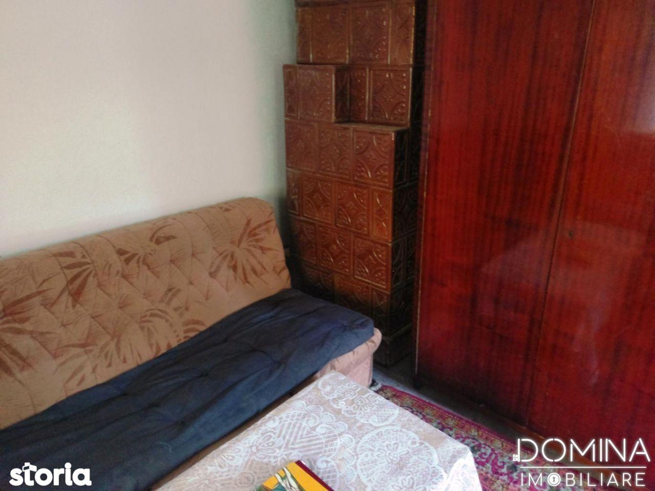 Casa de vanzare, Gorj (judet), Zona Abator - Foto 9