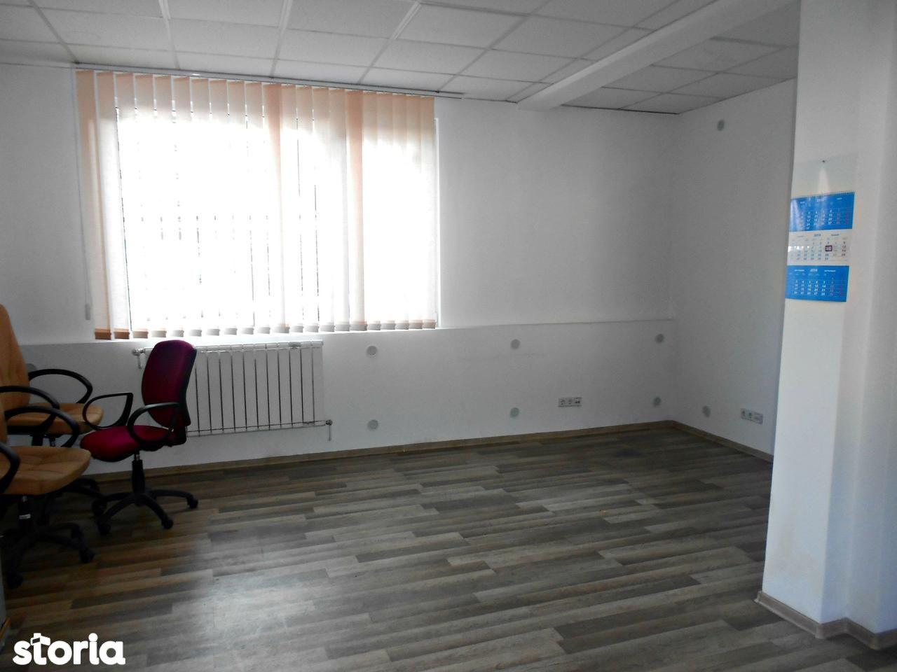 Birou de inchiriat, Cluj (judet), Strada Ierbii - Foto 1