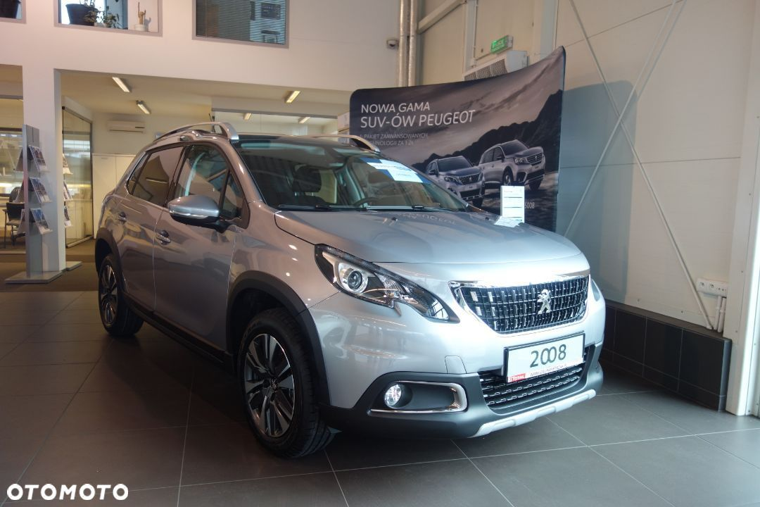 Peugeot 2008 Nowy Allure+ Benzyna 1.2 PureTech 130 KM manual ! - 1