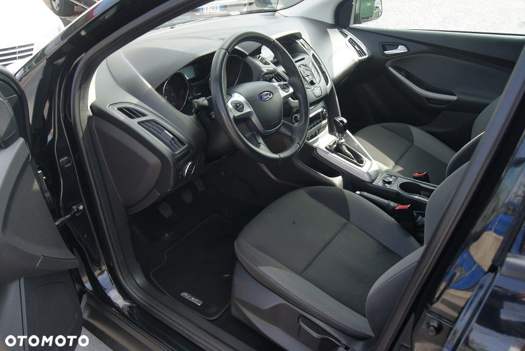 Ford Focus 1,6 Tdci, f-ra vat 23%, salon pl - 9