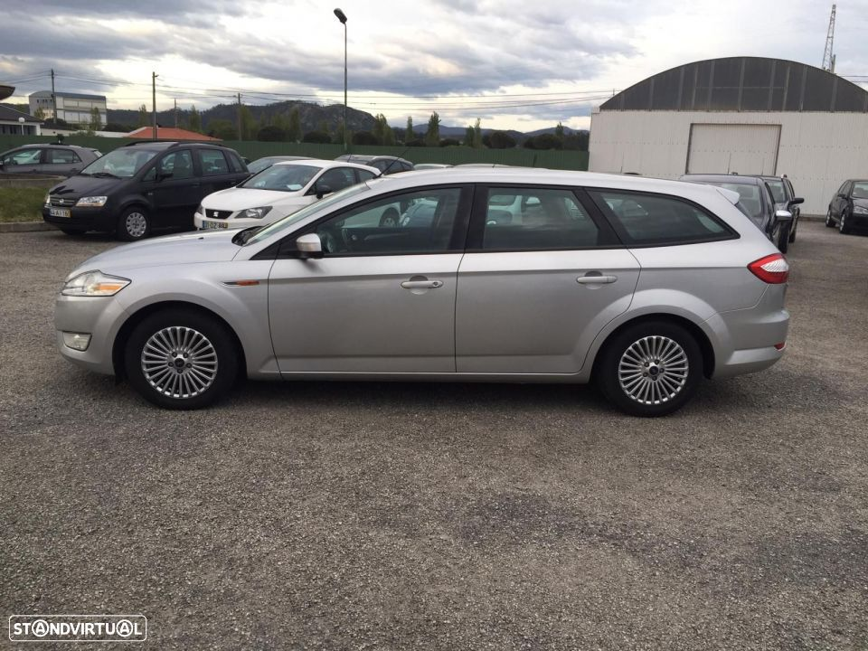 Ford Mondeo SW 1.8 tdci - 8