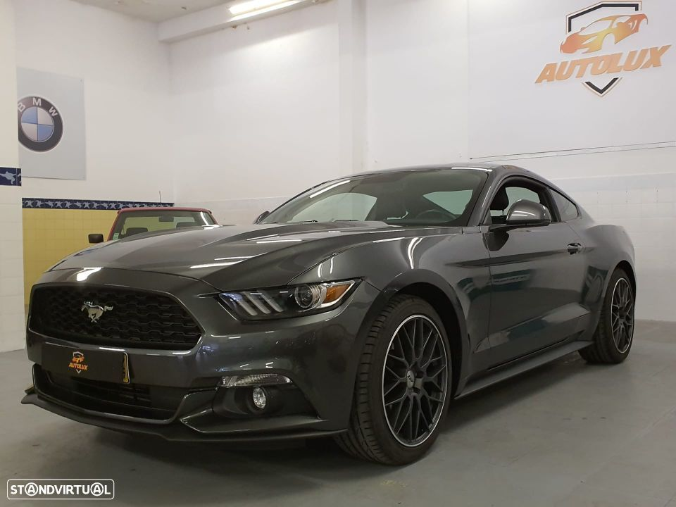 Ford Mustang EcoBoost 2.3 - 317cv - 2