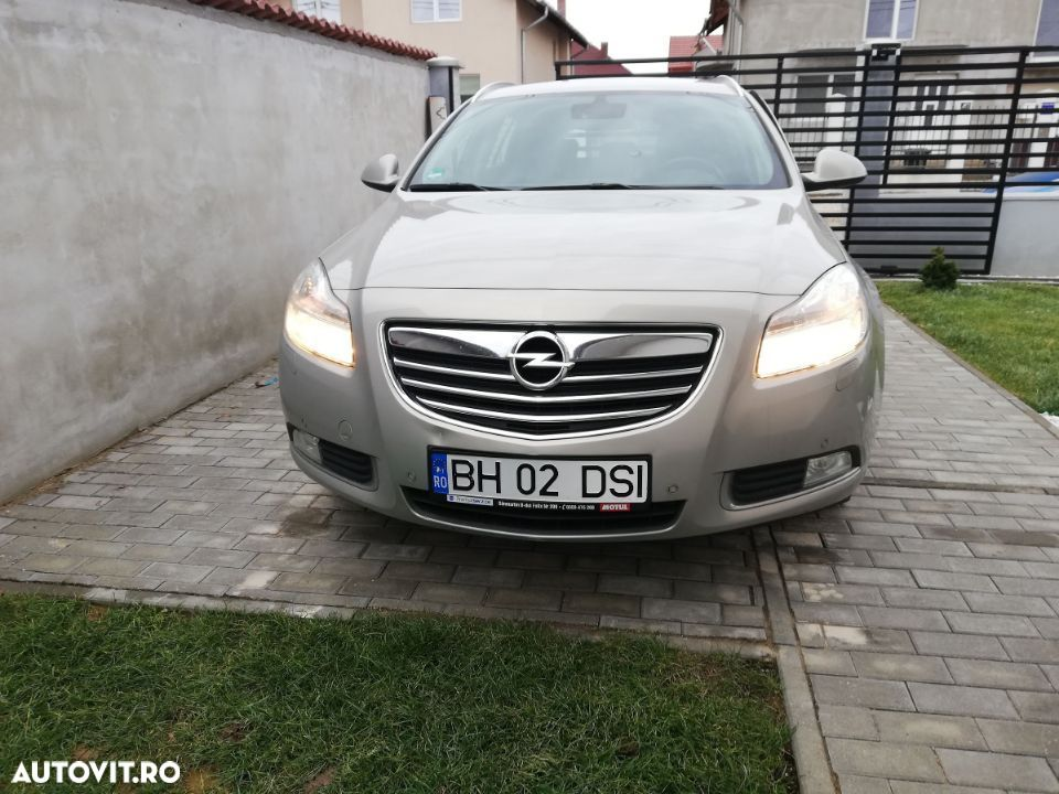 Opel Insignia COUNTRY - 7