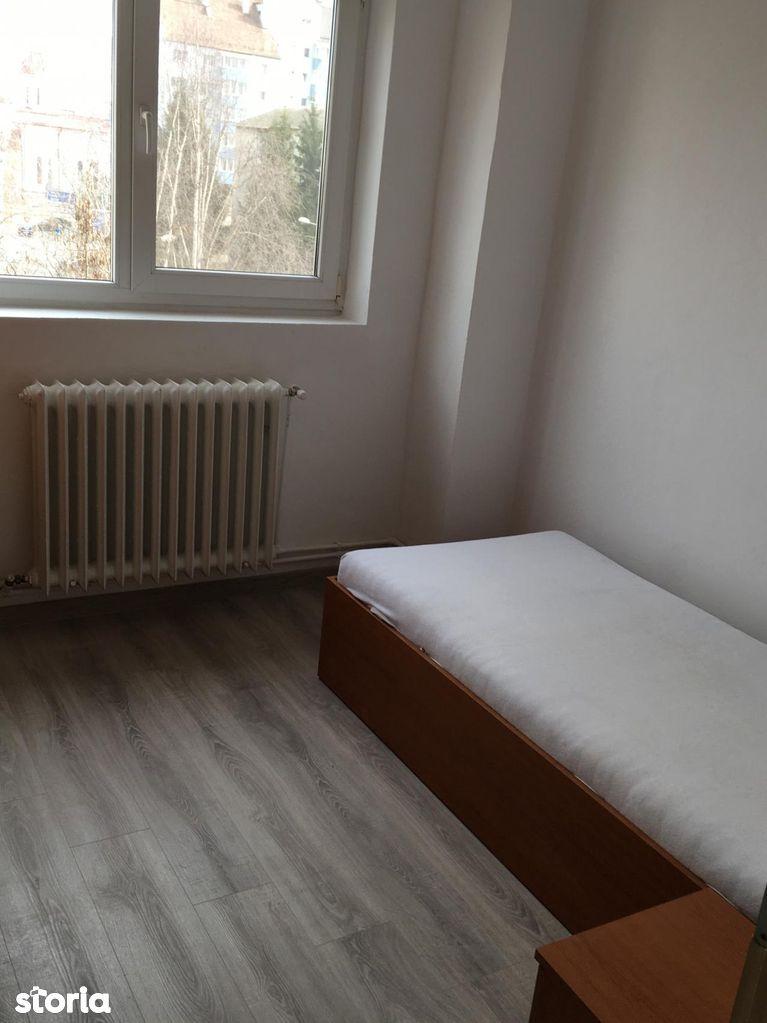 Apartament de vanzare, Bistrița-Năsăud (judet), Decebal - Foto 4