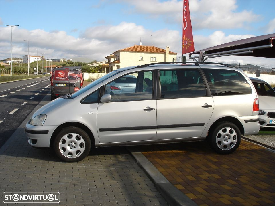 Ford Galaxy 1.9 Tdi - 11