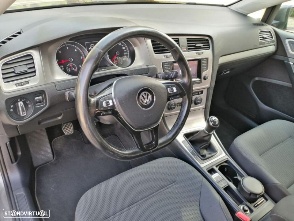 VW Golf Variant 1.6 TDi Confortline - 5