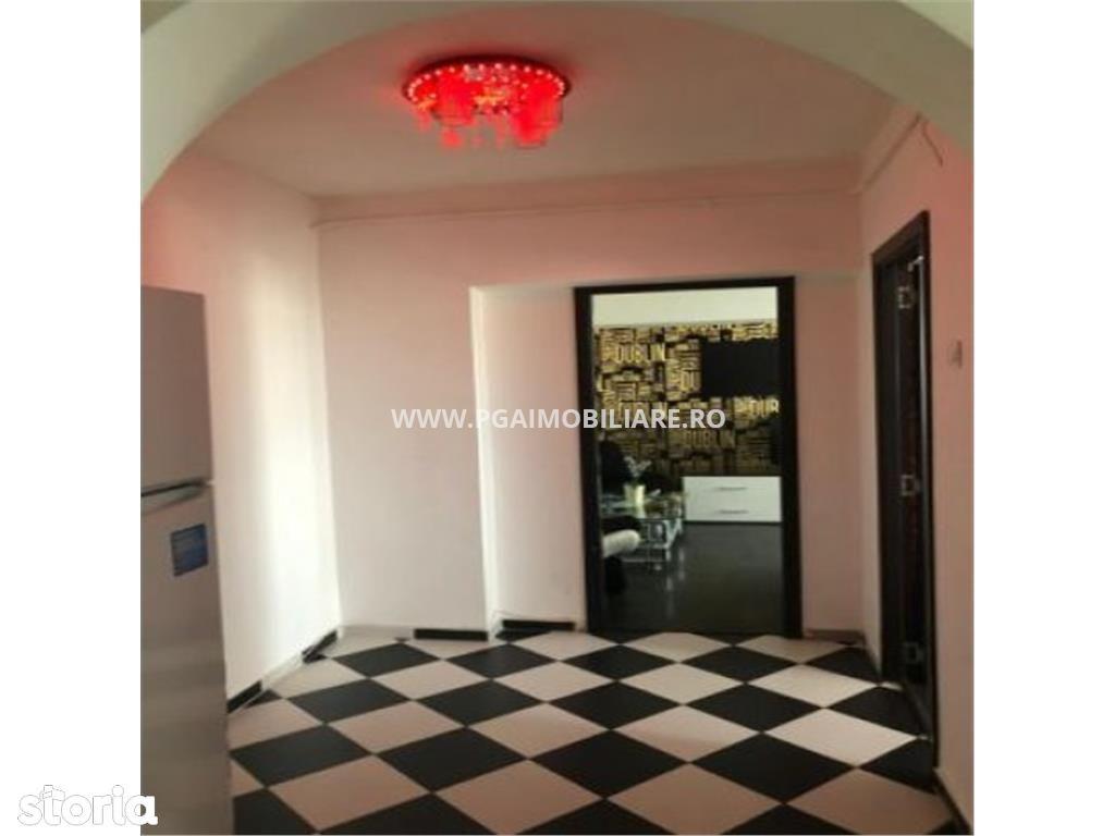 Apartament de inchiriat, București (judet), Strada Trapezului - Foto 2