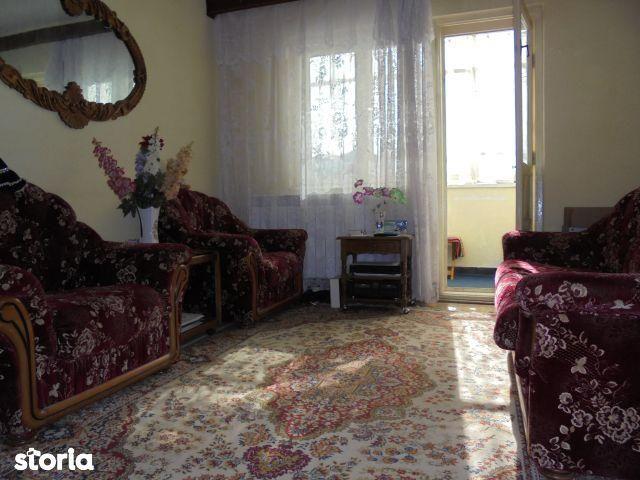 Apartament de vanzare, Dâmbovița (judet), Bulevardul Independenței - Foto 2