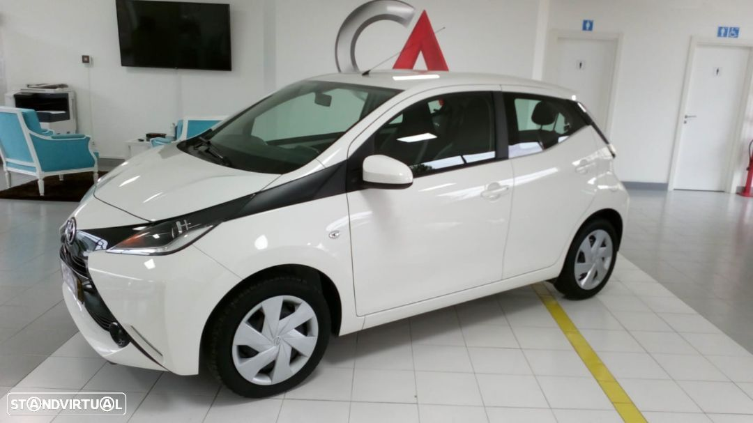 Toyota Aygo 1.0 X-Play Touch - 3