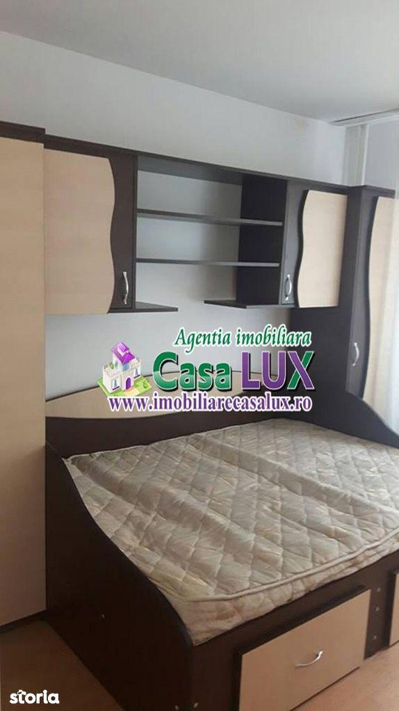 Apartament de inchiriat, Bacău (judet), Strada Bucegi - Foto 3