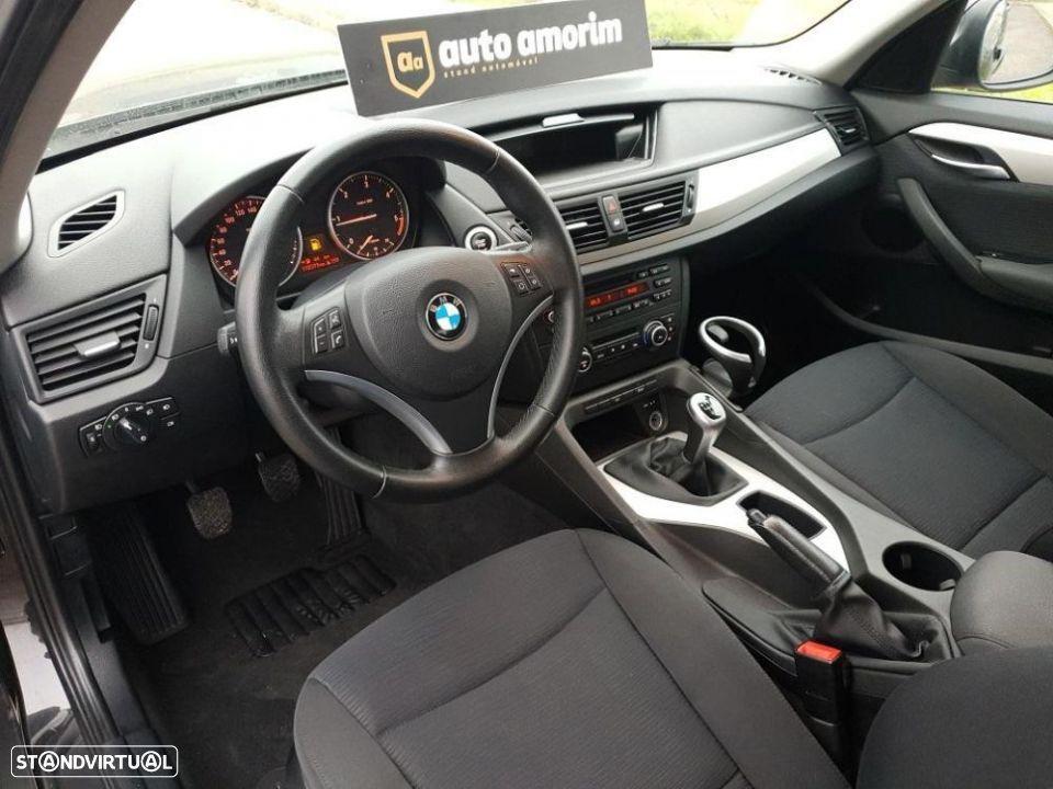 BMW X1 18 d sDrive - 11