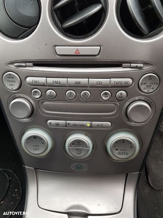 Radio CD Player Mazda 6 2002 - 2008 - 1