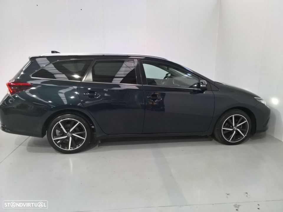 Toyota Auris Touring Sports 1.4D Comfort Pack Techno Pack Sport TS - 9