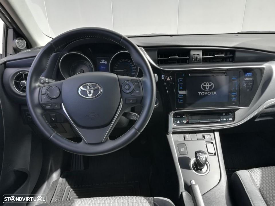 Toyota Auris HB 1.8 Hybrid SQUARE Collection - 6