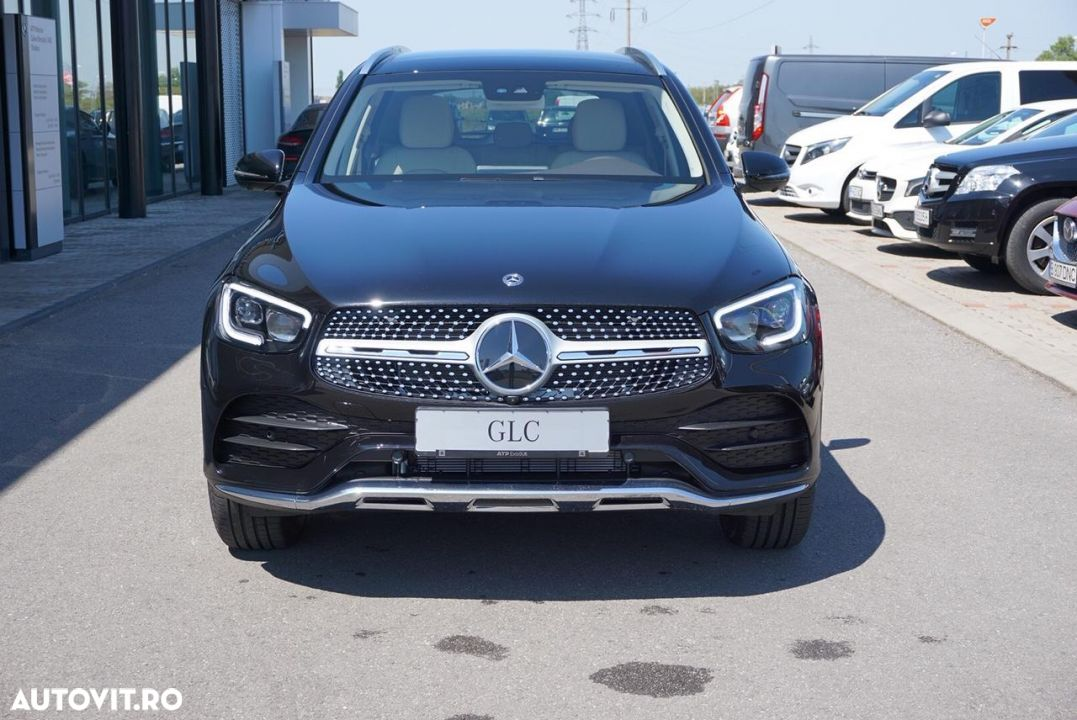 Mercedes-Benz GLC - 10