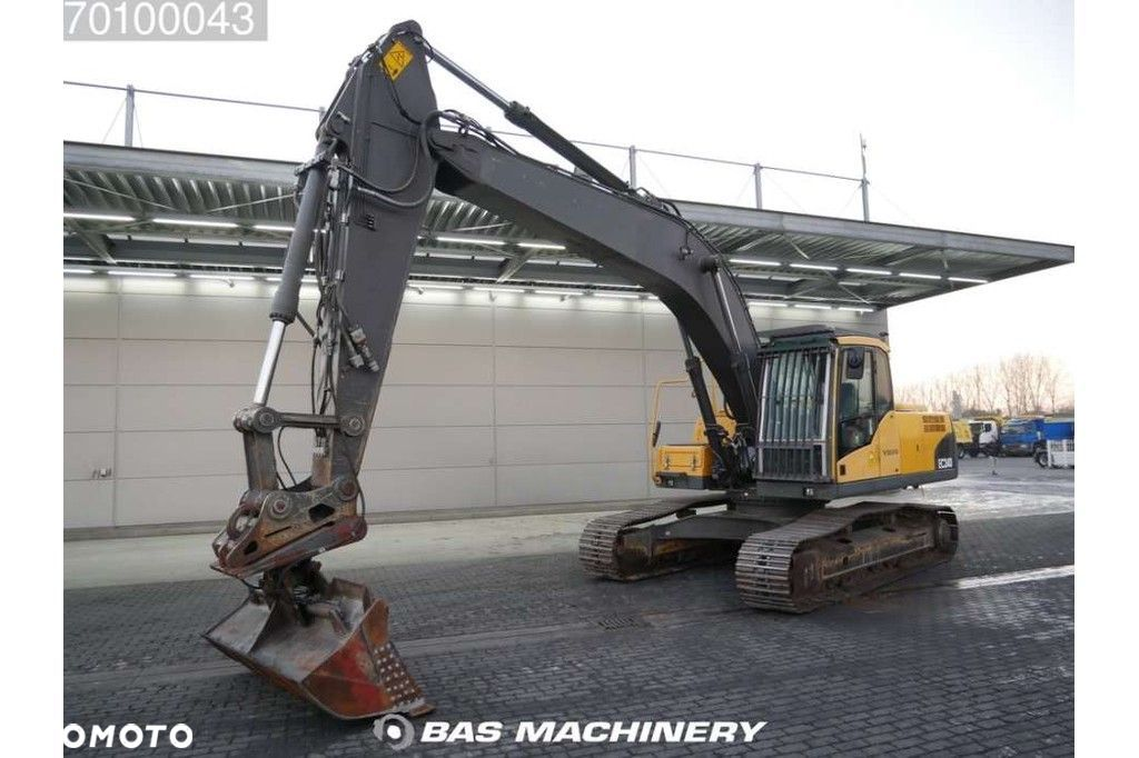 Volvo EC240C NL Nice and clean condition  Volvo Ec240c NL Nice and clean condition - 1