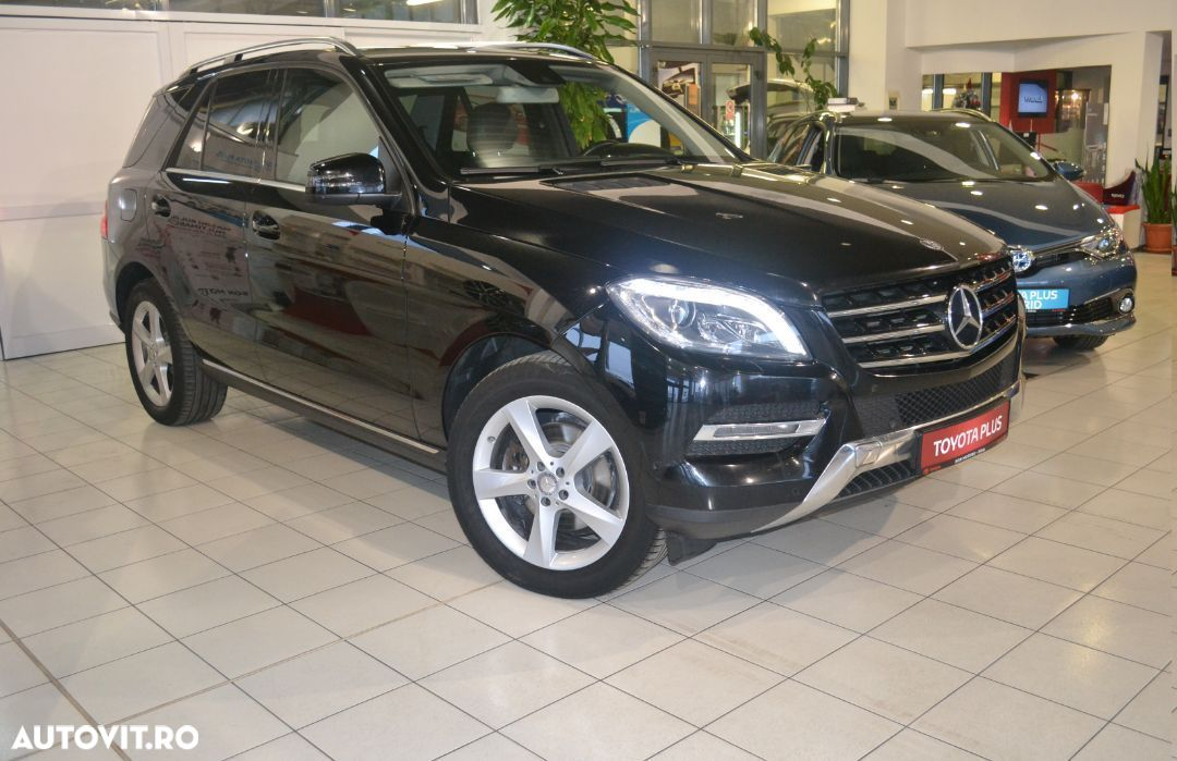 Mercedes-Benz M ML - 3