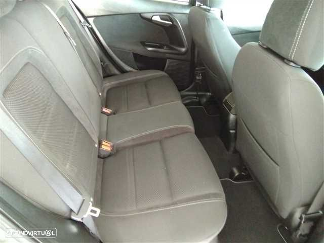 Fiat Tipo 1.6 M-Jet Lounge DCT - 11
