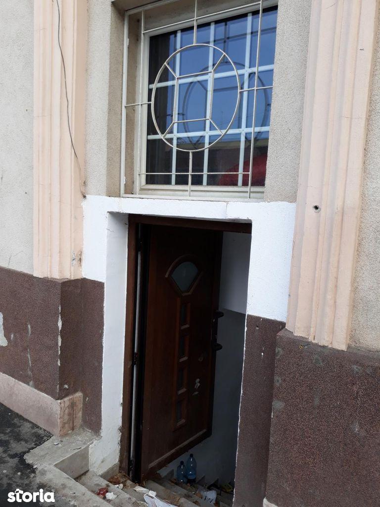 Spatiu Comercial de inchiriat, Arad (judet), Strada Academia Teologică - Foto 1