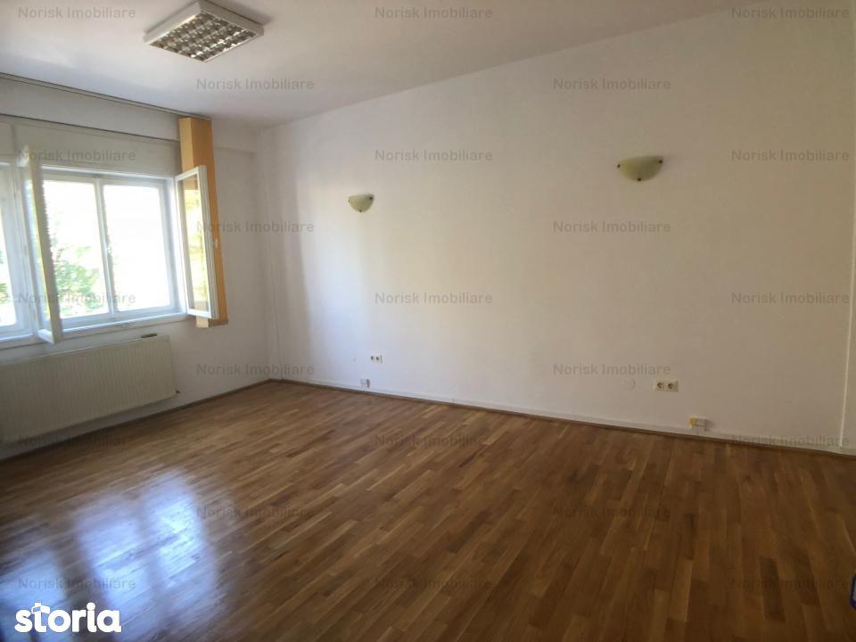 Casa de inchiriat, București (judet), Strada Lt. Av. Vasile Fuica - Foto 4