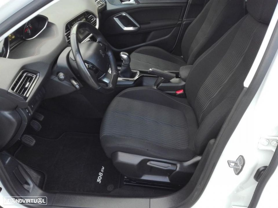 Peugeot 308 SW 1.6 e-HDi Active - 8