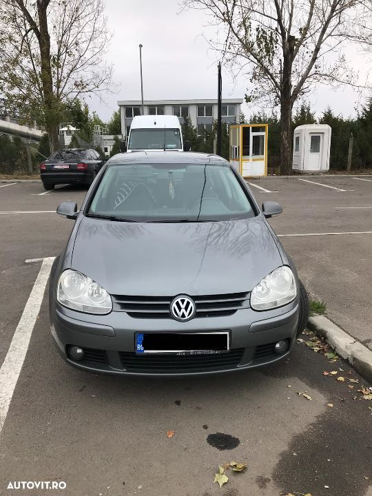 Volkswagen Golf - 2