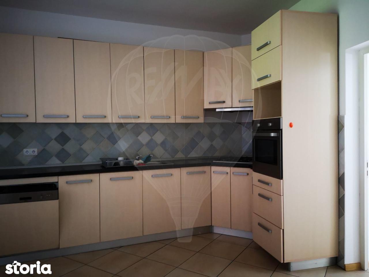 Casa de inchiriat, Satu Mare, Semicentral - Foto 4