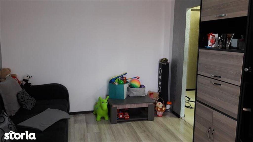 Apartament de vanzare, Argeș (judet), Strada Gheorghe Ionescu Gion - Foto 3