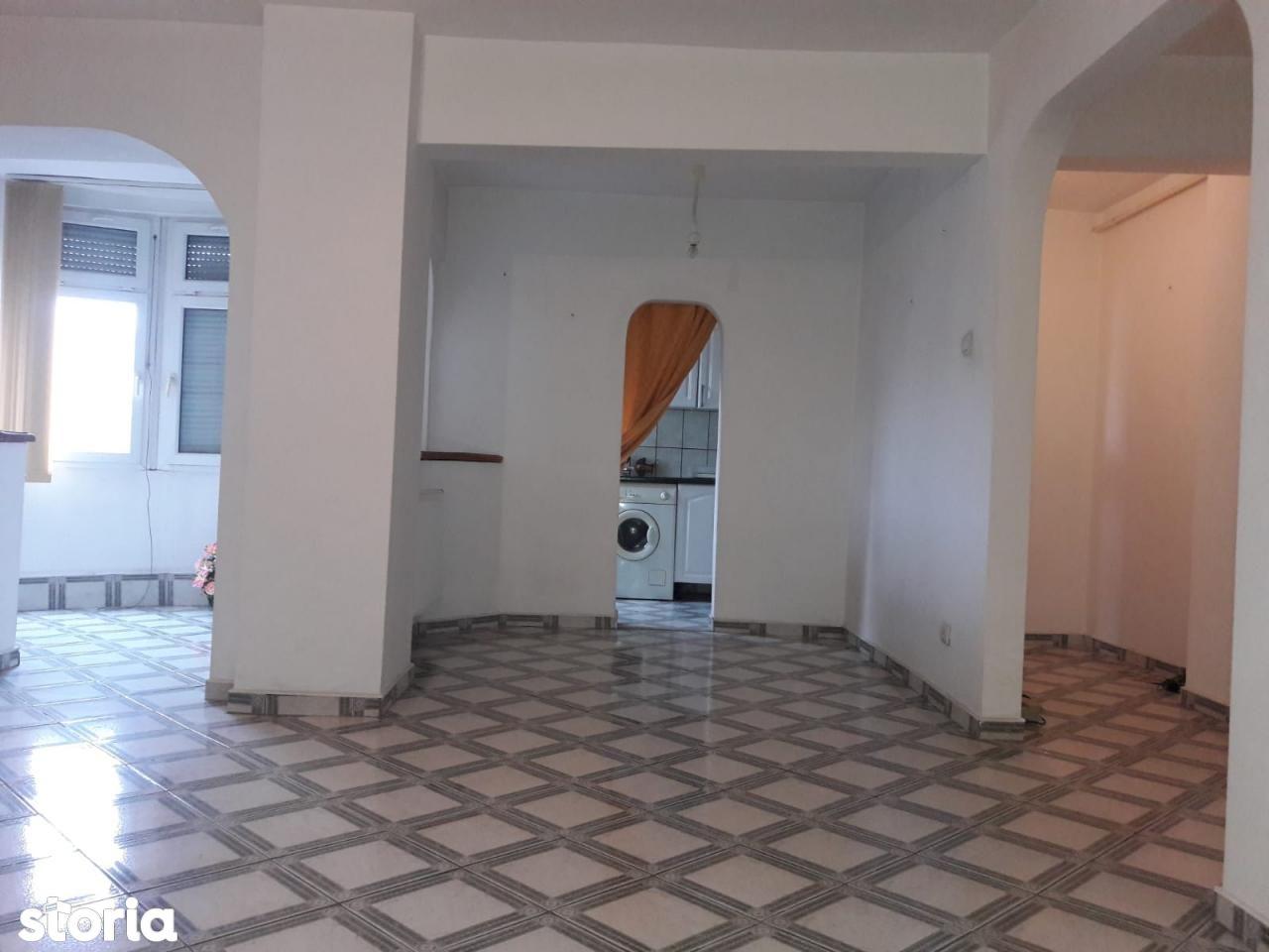 Apartament de vanzare, Arad (judet), Aurel Vlaicu - Foto 6