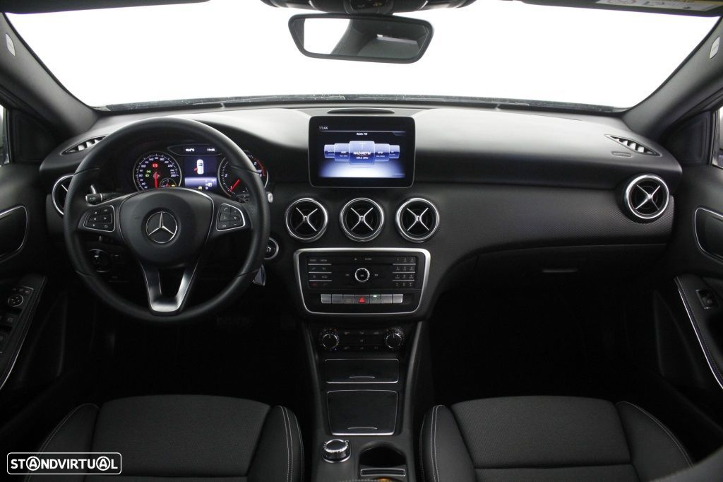 Mercedes-Benz A 180 CDi Final Edition Cx. Aut. - 18