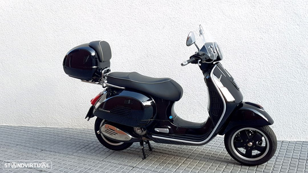 Vespa GTS Super 300 ie - 27