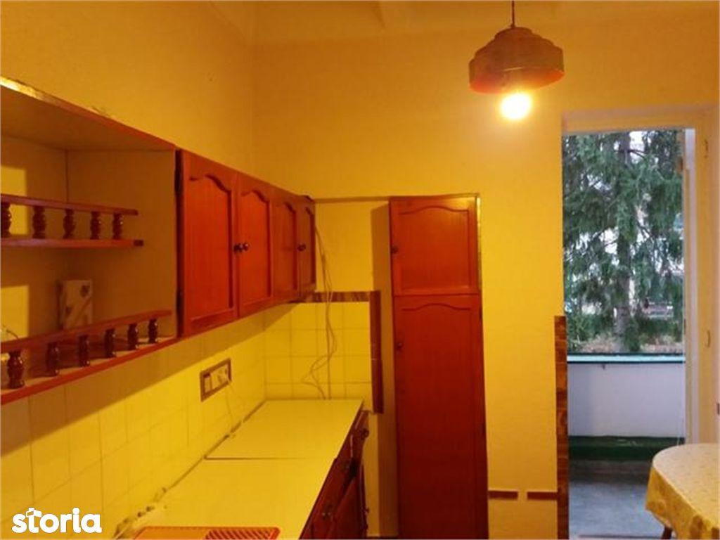 Apartament de vanzare, Brașov (judet), Bulevardul Ștefan cel Mare - Foto 1